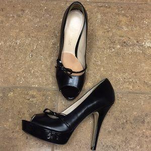Enzo Angiolini Peep Toe Platform Heels with Bow